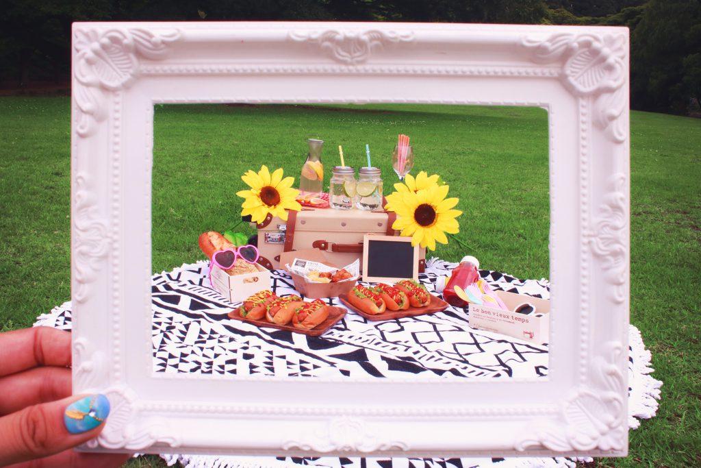 フレーム越しのおしゃれピクニック