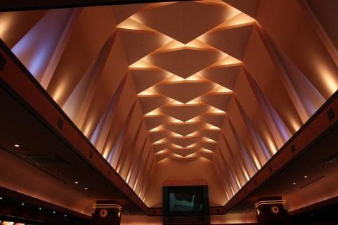 映画館のホール内