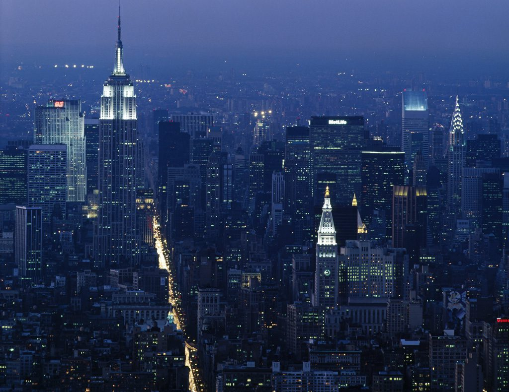 都会の真夜中