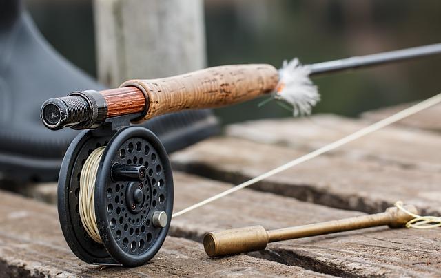 木の釣り竿