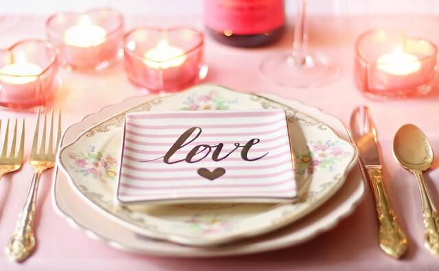バレンタインデーのテーブル