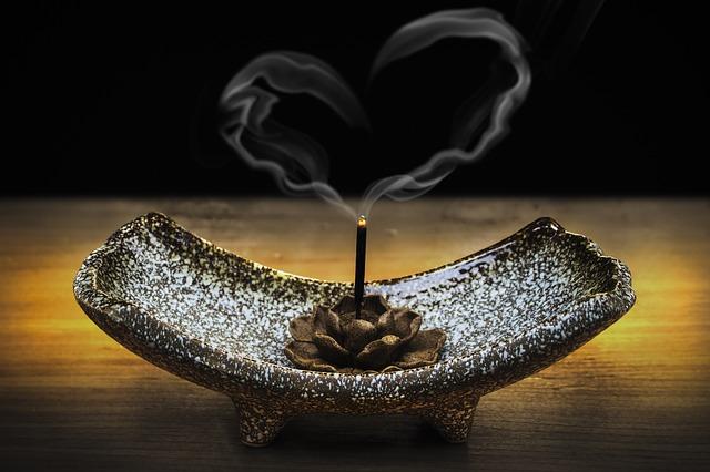 ハート型の煙