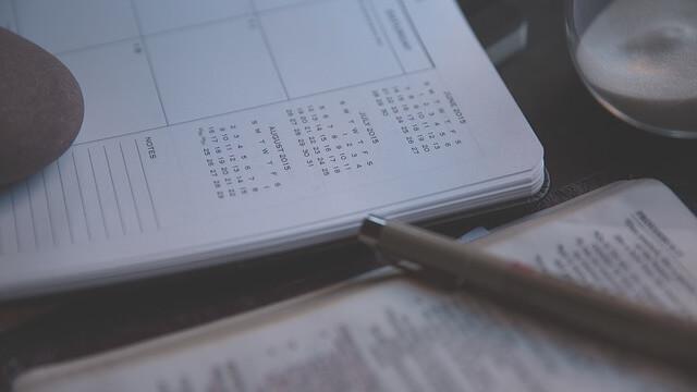 日記帳とペン
