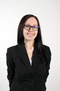 メガネをかけたビジネス女性