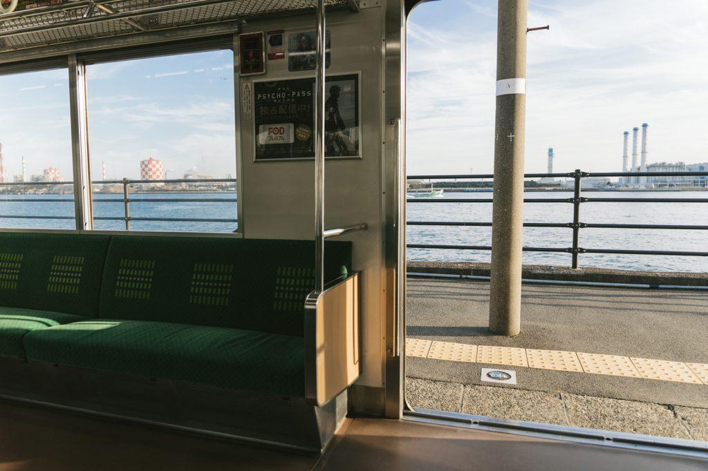 海が見える駅