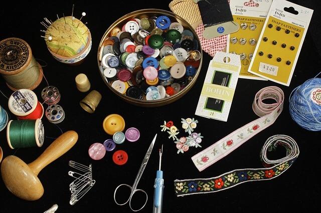 ボタンや糸などの裁縫道具