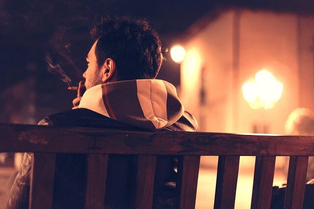 タバコを吸う元彼