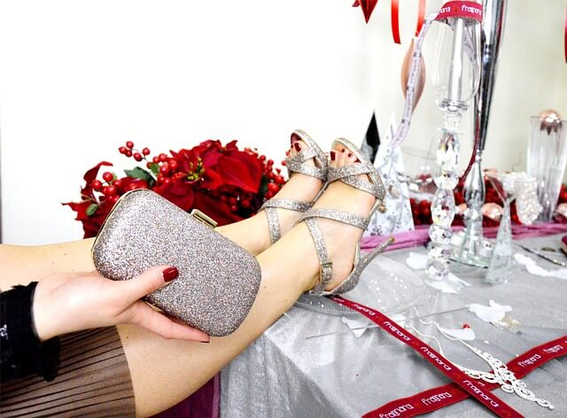 恋愛イベントに参加する女性