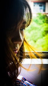 失恋を経験する女性