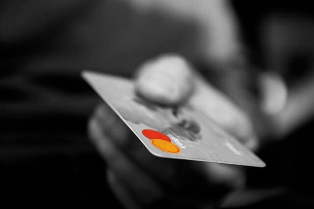 クレジットカードによる支払い