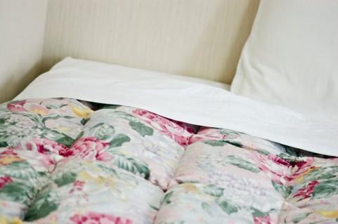 整頓されたベッド