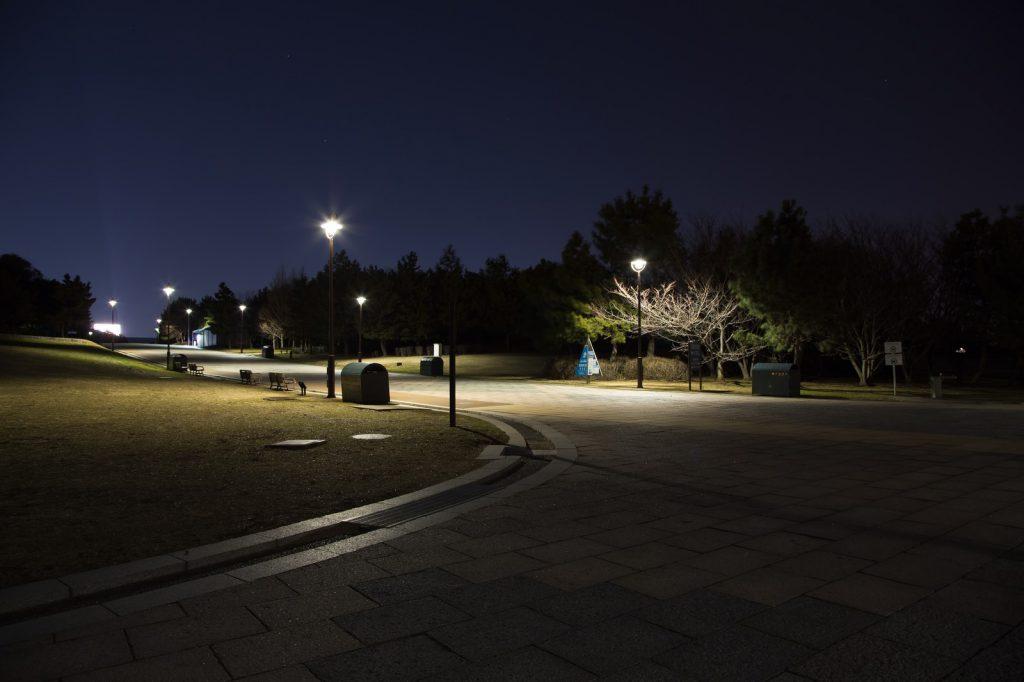 深夜にデートした公園