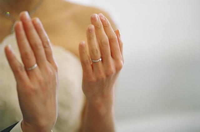 重みのある結婚指輪