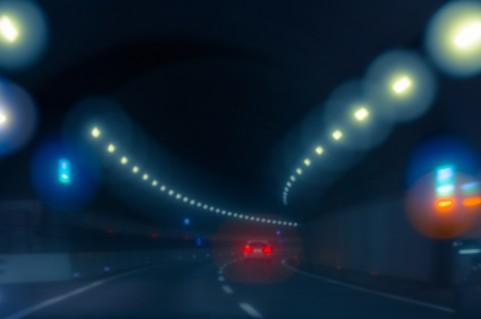 夜のドライブデート