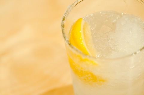 飲み会のレモンサワー