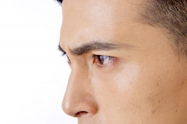 視線が合う男性