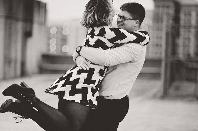 恋愛で彼の気持ちを優先する女性