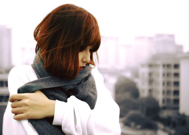 恋愛に悲観的な女性