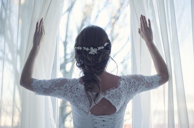 結婚の予感を自分で作る女性