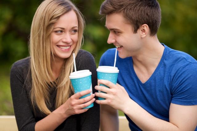 デートの頻度を減らすカップル
