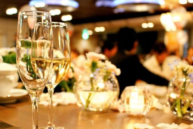 出会いの場である婚活パーティー