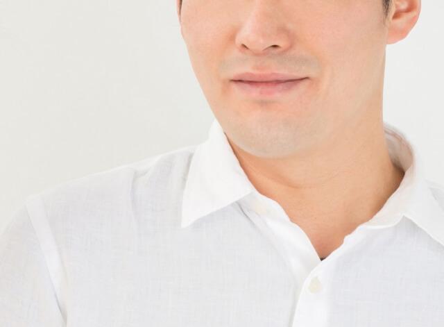 唇のコンディションを気にする男性