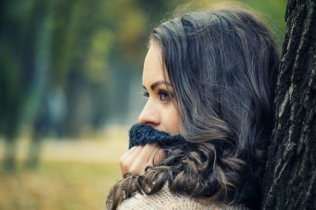 口臭を意識する女性