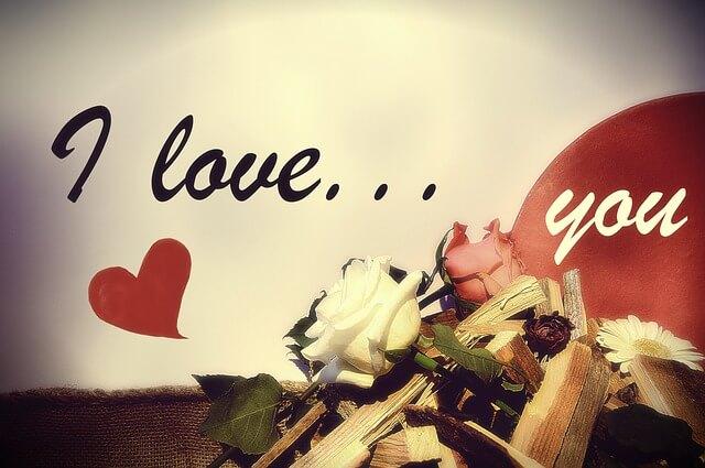 愛していることを伝える男女