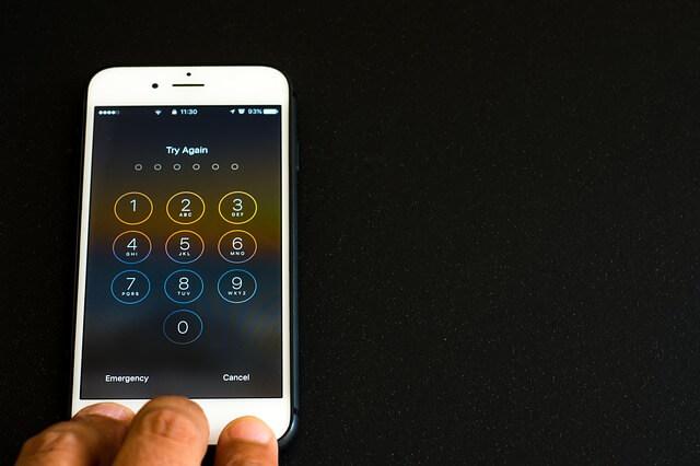 携帯のロック