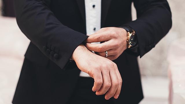 婚活パーティー参加男性の服装