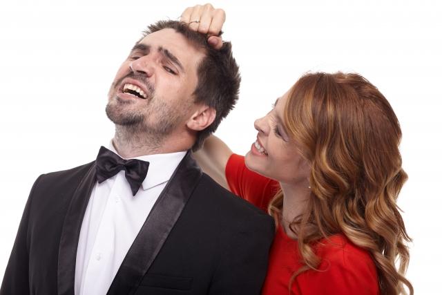 彼氏をコントロールする女性