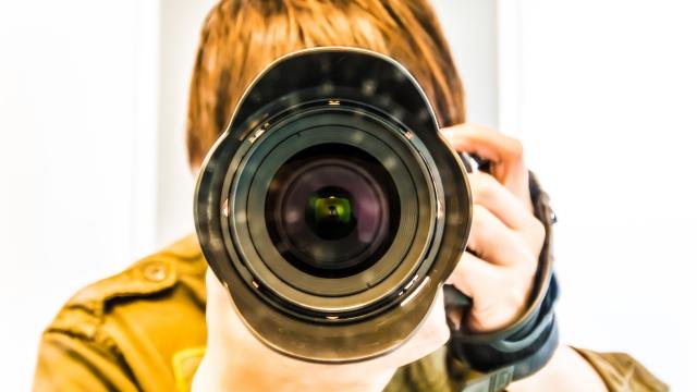 彼の趣味であるカメラ