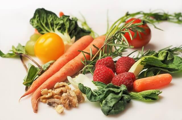 野菜中心の健康的な食事