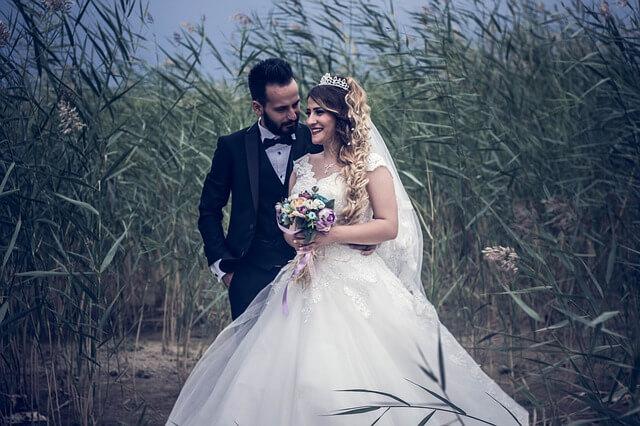 30代で婚活に成功して結婚する女性