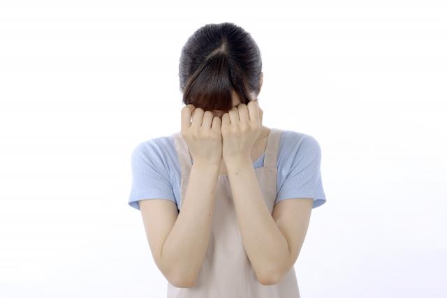 片思いを諦める女性