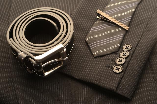 ネクタイやベルト